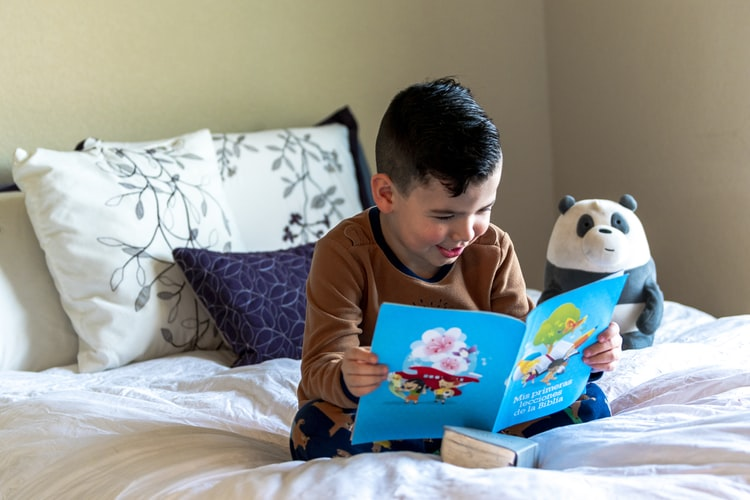 Cara Asyik Belajar Membaca Anak TK di Rumah